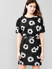 Daisy belted dress