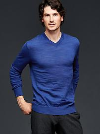 Merino slub V-neck sweater