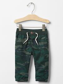 Camo pull-on pants