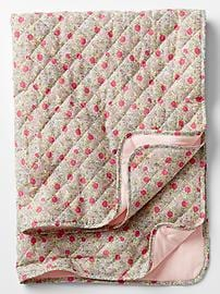 Floral quilted blanket