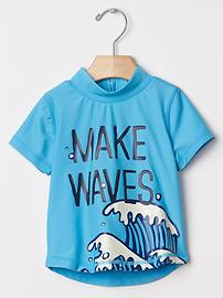 Make waves rashguard