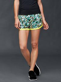 GapFit gSprint shorts