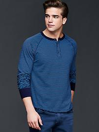 Vintage wash long sleeve stripe henley
