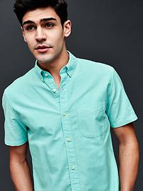 Solid short sleeve oxford shirt