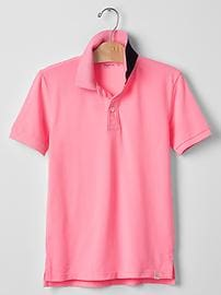 Neon pop-up polo
