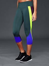 gFast cross train colorblock capris