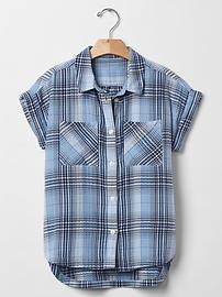 Plaid hi-lo shirt