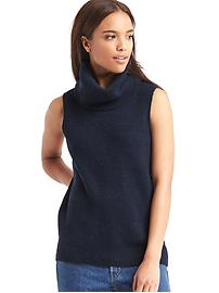 Funnel neck sleeveless sweater