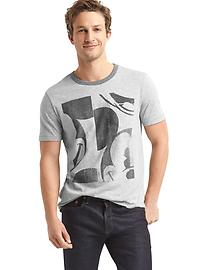 Gap &#124 Disney Mickey Mouse short sleeve pocket tee