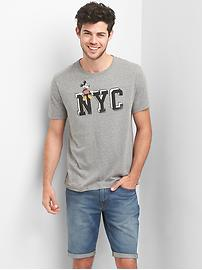 Gap &#124 Disney Mickey Mouse NYC Tシャツ