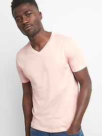 Essential short-sleeve v-neck t-shirt