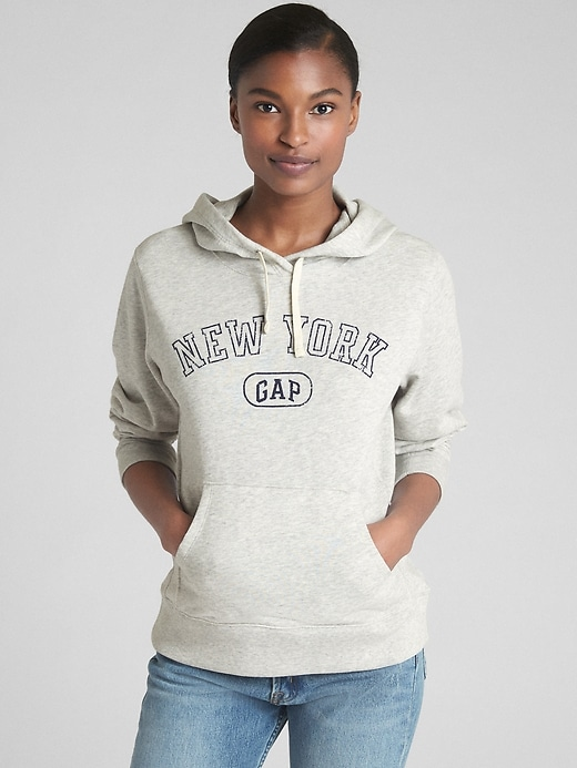 https://www.gap.co.jp/browse/product.do?pid=386935036&sdkw=P386935&vid=1&sdReferer=https%3A%2F%2Fwww.gap.co.jp%2Fproducts%2Fhooded-pullover-sweatshirts.jsp